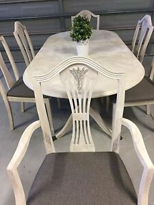 Table and 6 chairs Quinns Rocks Wanneroo Area Preview