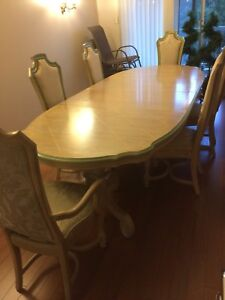 Urgent Moving Sale (Dining Table and Chairs)