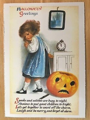 POSTCARD UNUSED HALLOWEEN -SPOOKS & WITCHES ARE BUSY EARLY 20th CENTURY REPRO - Early Century Halloween