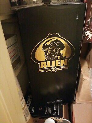 "Gentle giant Alien Gold Super Rare 24"""