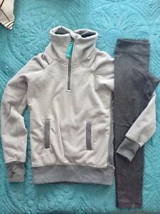 Ivviva size 6 girls cozy set (sweater and pants)