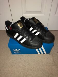 Black Adidas superstars size 10 1/2
