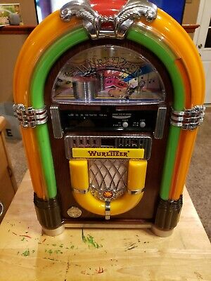 Wurlitzer WR18 Bubbler Jukebox FM/CD Compact Disc Player Radio with Remote