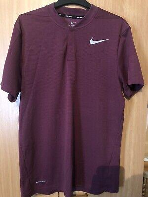 Nike Areoreact Golf T Shirt Medium