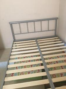 Double bed frame Pearsall Wanneroo Area Preview