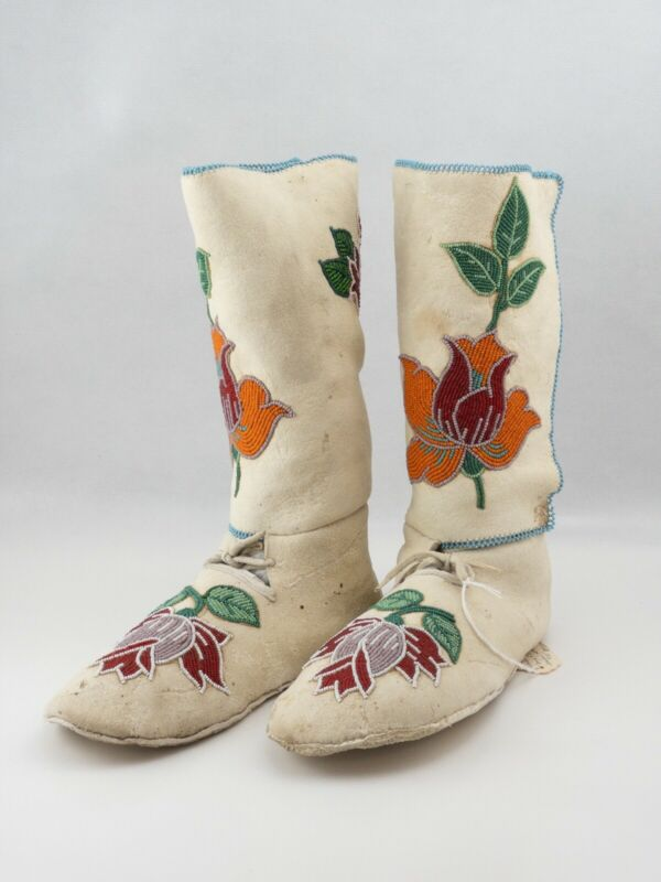 Native American Upper Plateau High Top Women's Moccasins Floral Beaded 20's-30's