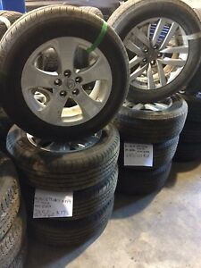 MAGS TOYOTA 235/60r17 et 245/60r18
