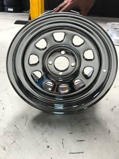 "Dynamic 15x8"" 4x100 Chrome D Shape Hole"