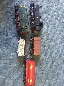 Hornby Mixed Frieght Train sections, and other assorted models Leeming Melville Area Preview