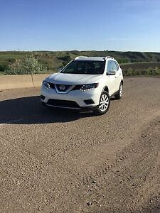 2015 Nissan Rogue for sale, Low km!!
