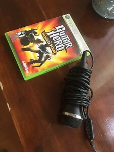 Guitar hero for Xbox 360 and mic