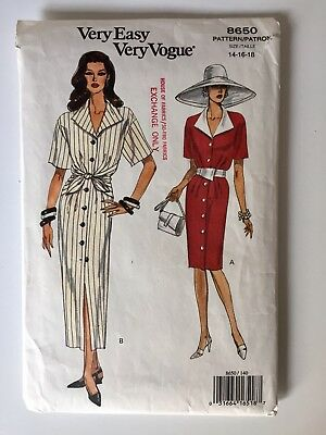 Very Easy Very Vogue OOP Shirtdress with Tie Front V8650 Vintage 1990s  UNCUT