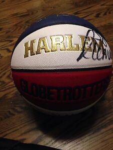 Harlem globetrotters game used ball