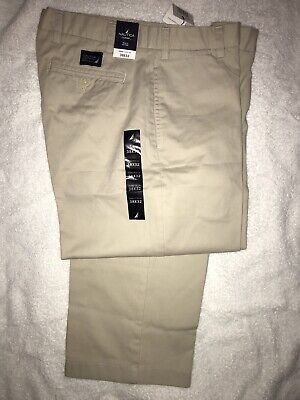 NWT Nautica Clippe Relax Fit Chino Pants, Khaki Color, Size 38x32 Flat Front