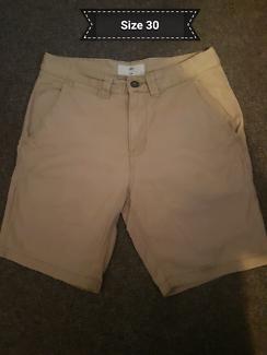 2 pair's of men shorts, surf & chinos.