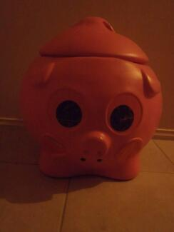Novelty 'Pig' Toy Boxes
