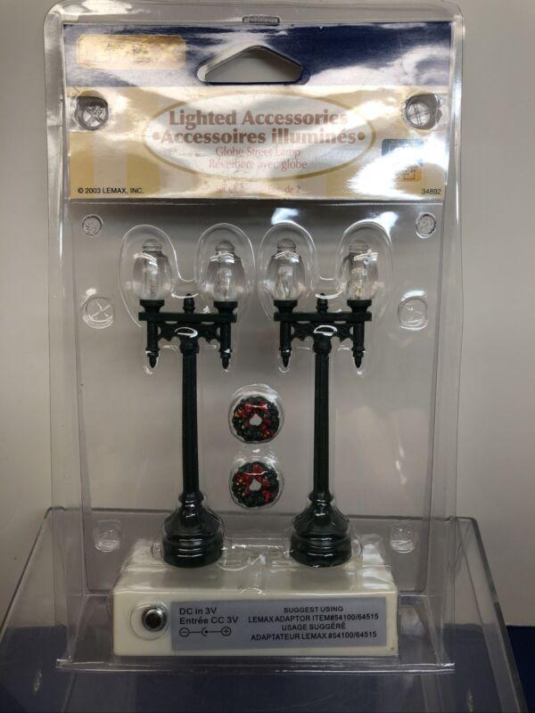 "4"" Lemax Miniature Dept. 56 Lighted Globe Street Lamps Wreath Set Of 2 Mint NRFB"
