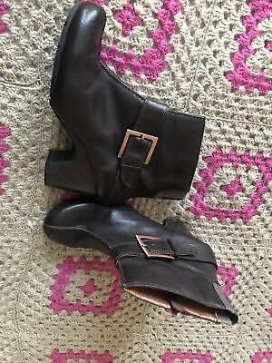 Clarks Leather Ankle Boots Size 7 Hardly Worn