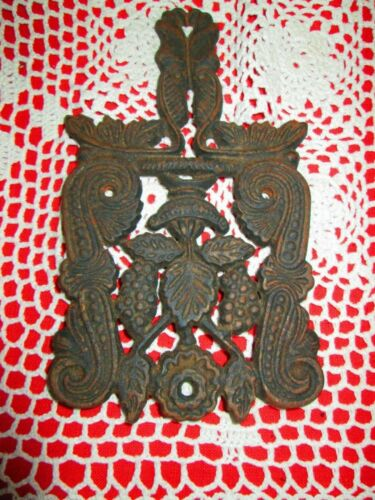 Vintage  Cast Iron Trivet GRAPE T-4