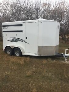 New TITAN 2 HORSE Trailer