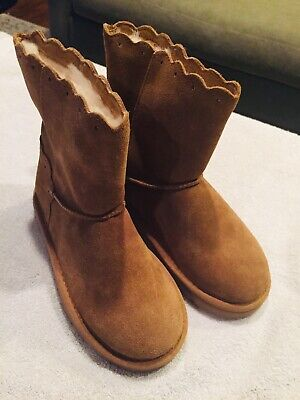 New UGG Australia Scalloped Lace Kids Chestnut Kids Girls Suede Boots Size 2