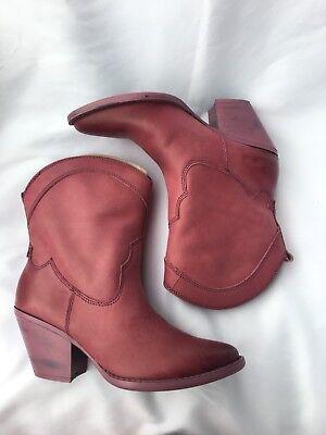 Mojo Moxy Nightrider Pink Fuschia Fashion Short Boots, 10 M Leather ()