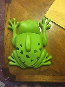 BOON Frog Bath Pod