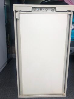 Fridge Dometic 3way Sutherland Sutherland Area Preview