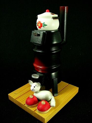 "Vintage German Smoker ""GLOWING POTBELLY STOVE WARMING CAT & POT"" post 1989 -6.0"""
