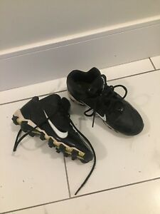 Football cleats size 4
