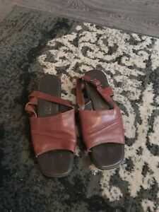 Leather sandals size 6