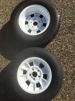 Boat Tailer  Rims & Tyres R14s (Ford pattern)