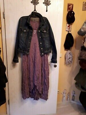 Tolles Crinkle - Kleid aus Holland mit Jeansjacke, - Outfits Mit Kleidern