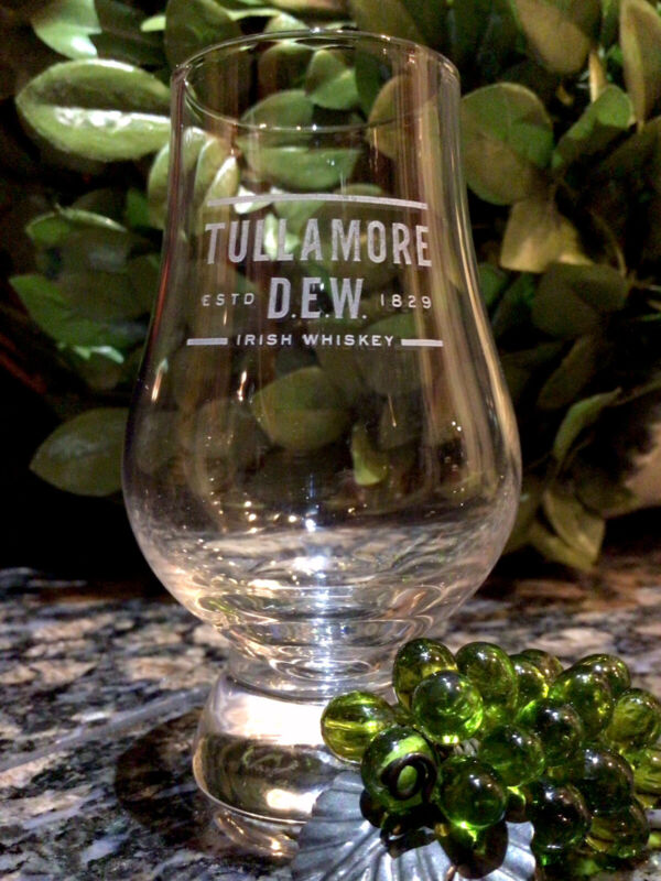 Rare TULLAMORE  D.E.W. Irish Whiskey Crystal Glencairn Shot Glass PRISTINE!