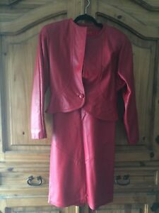 DANIER SOFT RED LEATHER JACKET/SKIRT