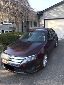 CLEAN 2011 Ford Fusion