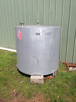 Diesel fuel tank approx 1500 litres Newcastle 2300 Newcastle Area Preview