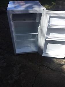 115Lt bar fridge Broadmeadow Newcastle Area Preview
