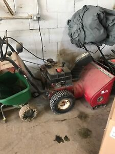 "Mastercraft 8hp 26"" snowblower"