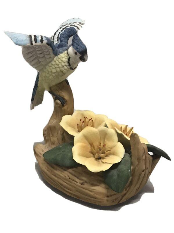 Vtg Beautiful Porcelain Arnart Import Blue Jay Musical Figurine Taiwan Vibrant