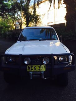 1995 Toyota hilux 4x4 manual low kms crew cab cheap fun!! Collaroy Manly Area Preview