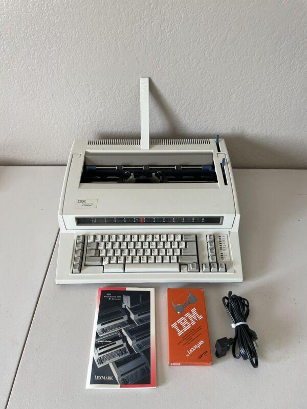 IBM Wheelwriter 1000 by Lexmark Electric Typewriter WORKS Excellent Condition