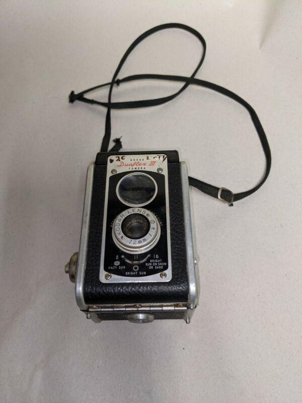 VINTAGE Kodak Duaflex III Film Camera with Strap. GC UNTESTED FREE SHIPPING