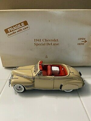 Danbury Mint 1941 Chevy Convertible Special Deluxe 1/24 Scale Diecast Model