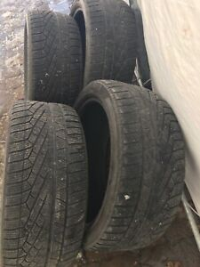 4 Pirelli Sotto Zero Winter 240 - 255 40 R19