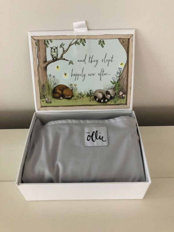 Ollie World Baby Swaddle with box & mesh bag RET $59