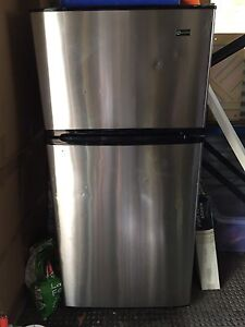Maytag 440L fridge / freezer Sunrise Beach Noosa Area Preview