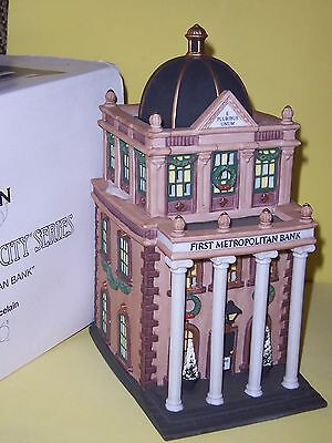 Dept 56  First Metropolitan Bank  Christmas In The City