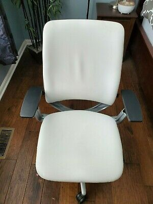 Amia Chair By Steelcase White Leather