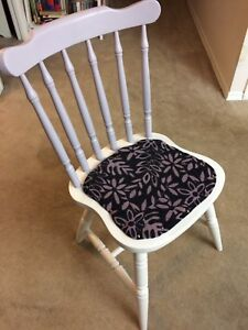 4 Upholstered Kitchen Chairs